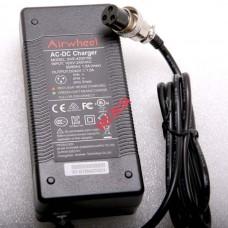 Зарядное Устройство Airwheel Z5, Z3, R5, R3, E6, E3, M3, H8 на 42V 1.5-2A модель XVE-4200150